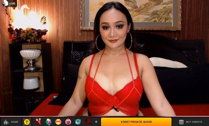 On LiveJasin you can watch tranny cam shows and pay witha gift card